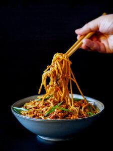 Gotowe Dan Dan Spaghetti